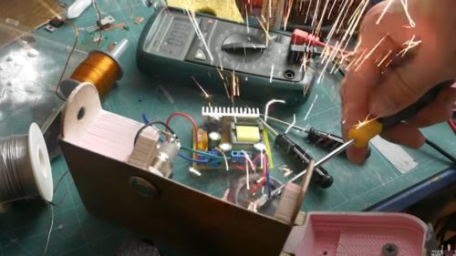 Разрядка конденсатора большой ёмкости